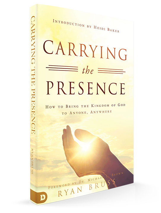 Carrying the Presence book by Ryan Bruss