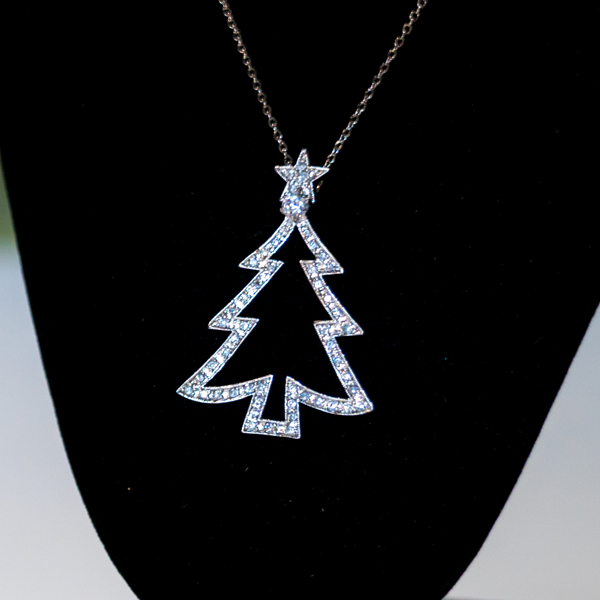 Christmas Tree Necklace PTL