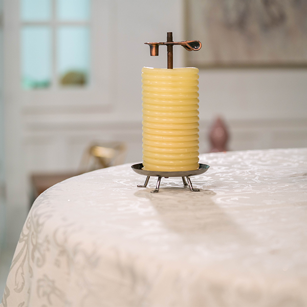 80-Hour-Beeswax-Candle